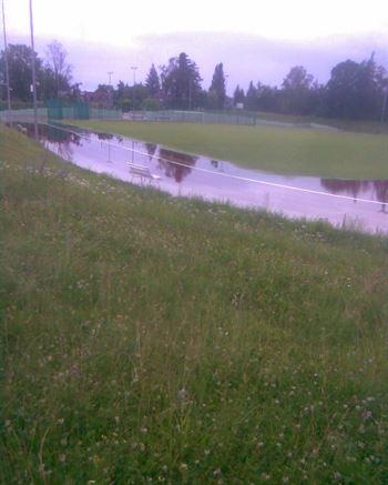 Stadion po dešti – červen 2011